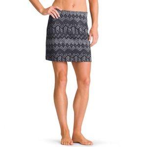 NWT Athleta Chevron Tech Stretch Fleece Skirt